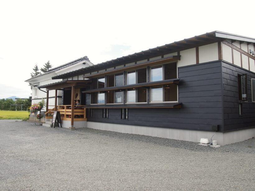 庄内の食材と田園風景を堪能「FARMER'S DINING CAFE IRODORI」【鶴岡】