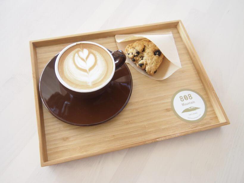 鶴岡にコナコーヒー専門店「808 Mountain」オープン!開放的な空間で贅沢なひととき