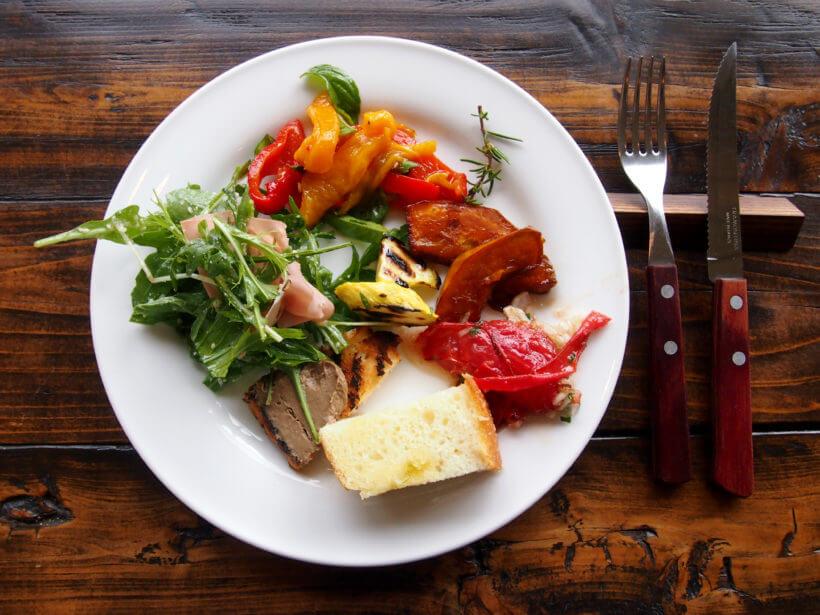 前菜ビュッフェも魅力!庄内野菜と魚介のシチリア食堂「ベッダ シチリア」のランチ【鶴岡】
